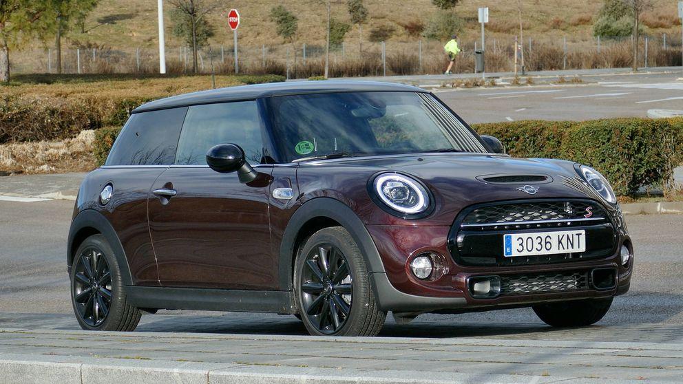 Todo en el nuevo Mini Cooper es diferente: bajo, potente... y como un kart