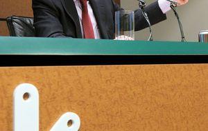Kutxabank denuncia a Mario Fernández por irregularidades