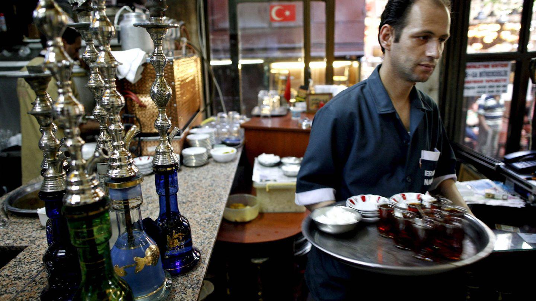 Alves defiende que las malas críticas son una gran aportación para los hosteleros. (EFE)
