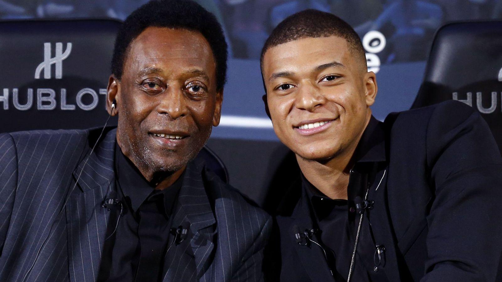 Foto: Pelé y Mbappé en el acto de Hublot en París. (Efe)