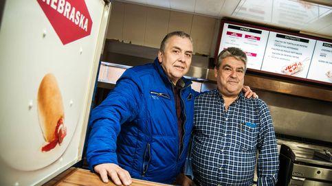 Los últimos de Nebraska: dos empleados de la cadena reabren una de las cafeterías