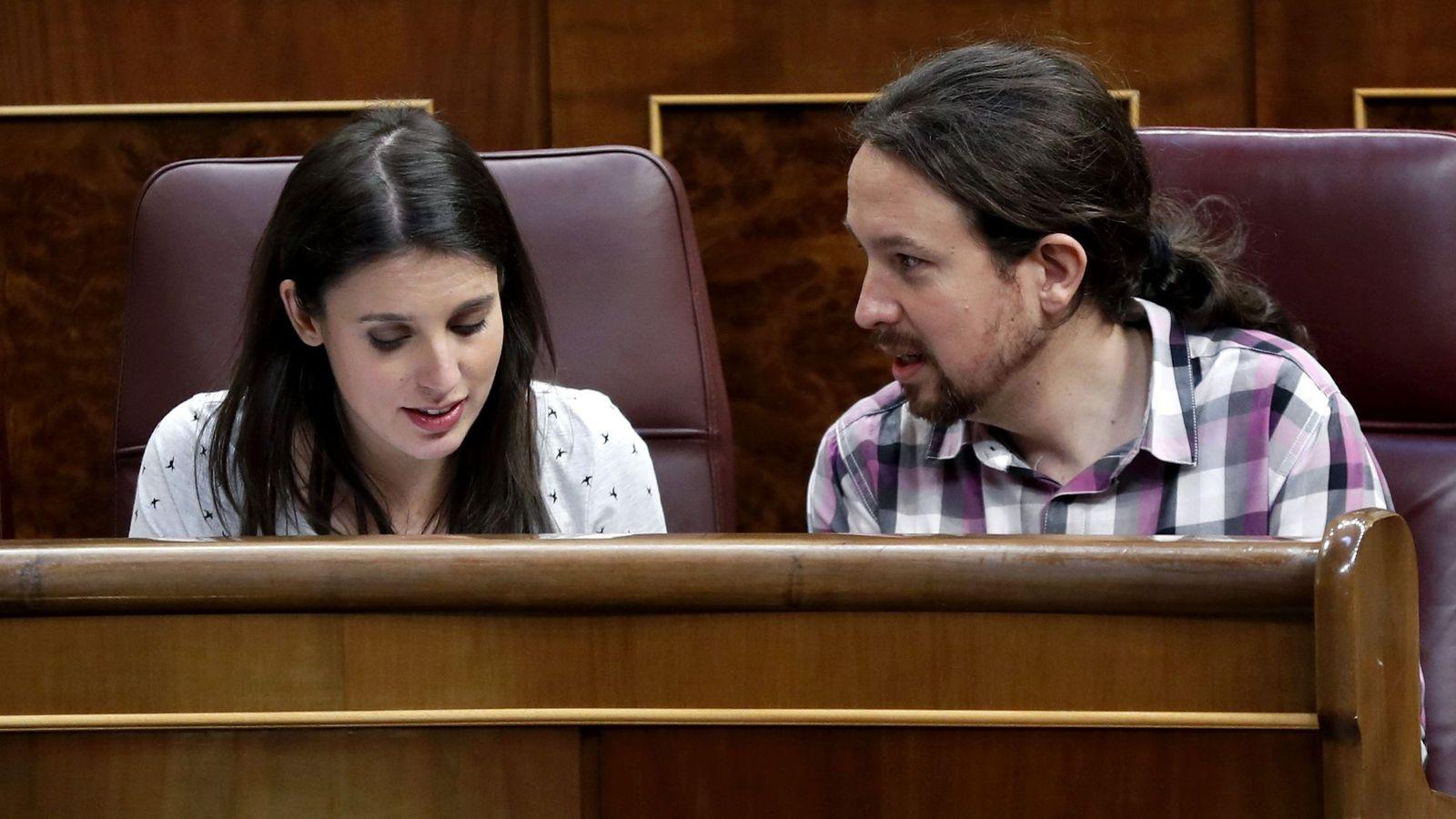 Foto: Irene Montero y Pablo Iglesias, en el Congreso de los Diputados. (EFE)