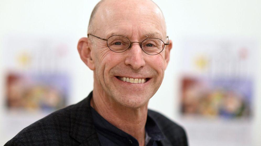 Foto: Michael Pollan en el estreno de la película 'In Defense of Food' en el último festival de Berlín. (EFE)