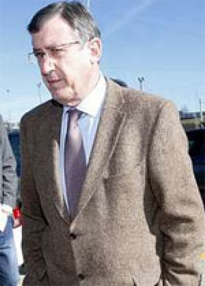 El Madrid quita al Barcelona al portero Yáñez