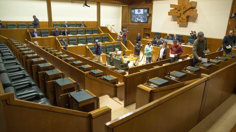 El efecto del 8-M llega al Parlamento Vasco: por primera vez una huelga paraliza un pleno