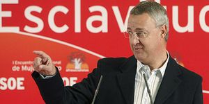 Caldera quiere colocar a un reconocido antinuclear al frente de la CNE
