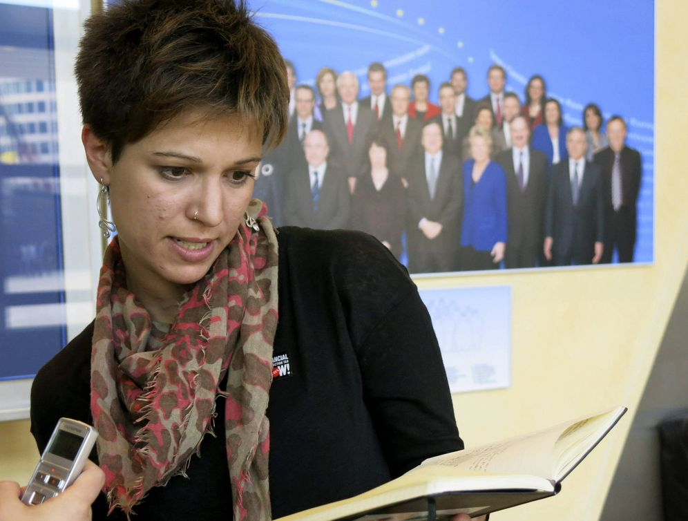 Foto: Beatriz Talegón, cuando aún era secretaria general de la IUSY, en marzo de 2013, en Bruselas. (EFE)