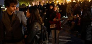 Post de Los parisinos se vuelcan con el incendio  de Notre-Dame entre rezos, lágrimas y banderas