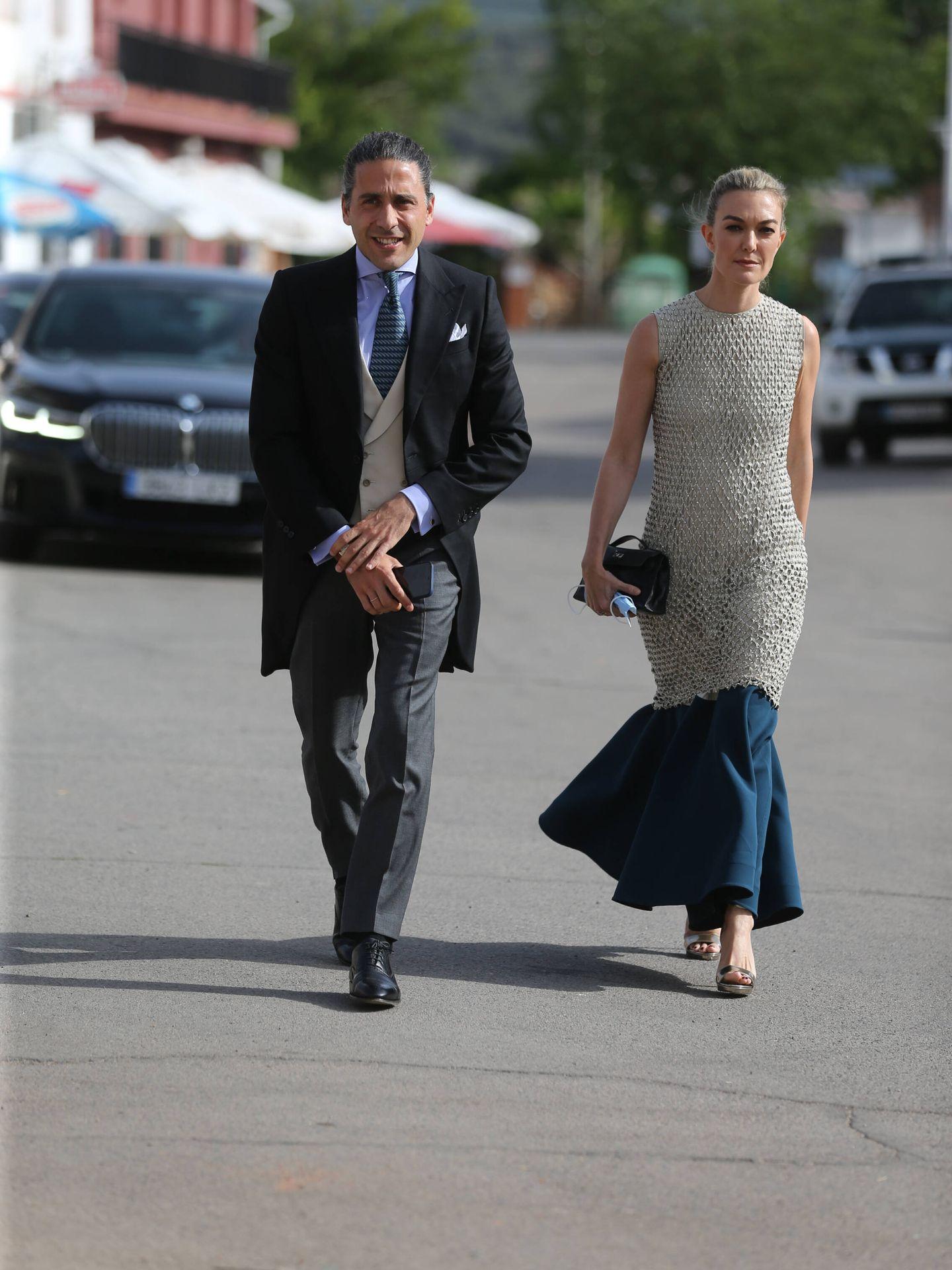 Carlos Torretta y Marta Ortega, en la boda de Felipe Cortina. (Limited Pictures)