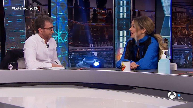 Pablo Motos y su invitada Lola Índigo. (Atresmedia)
