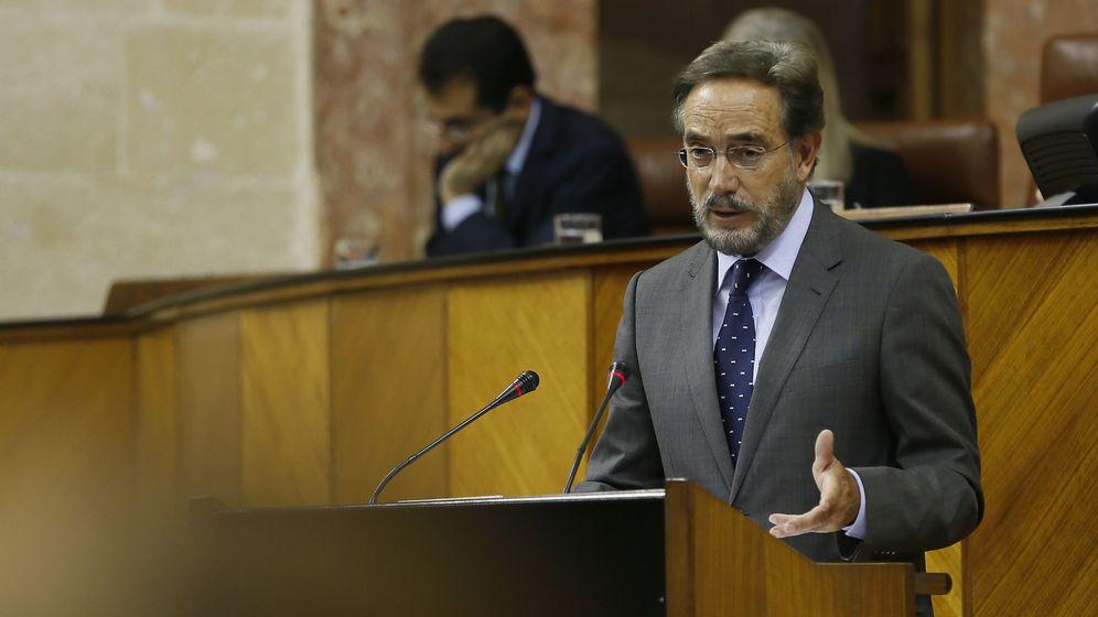 Foto: El consejero de Fomento y Vivienda, Felipe López. (EFE)