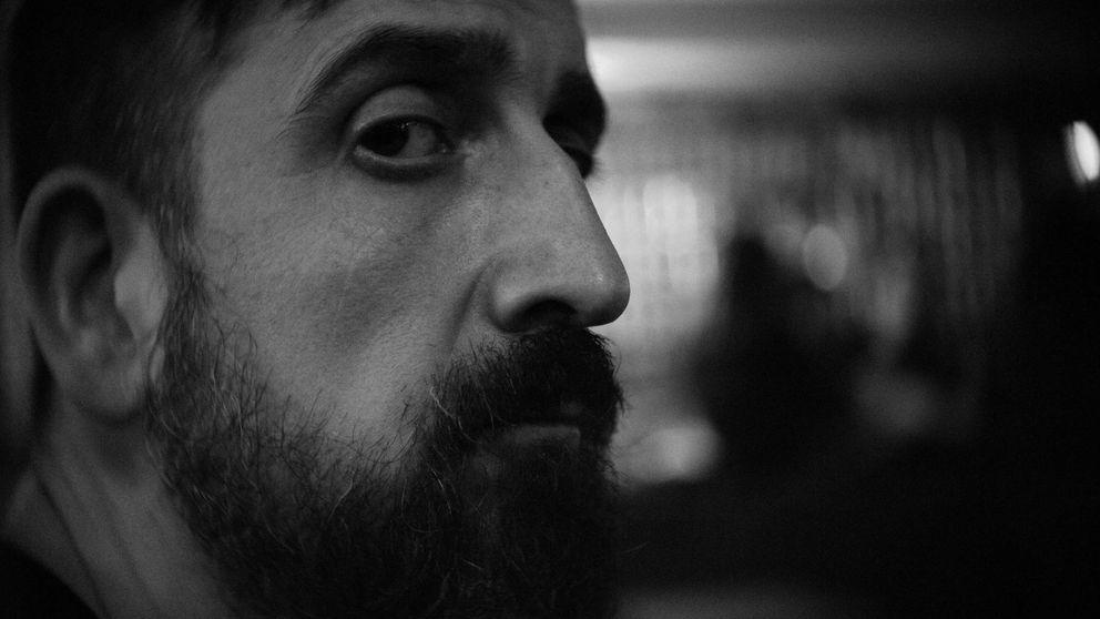 Javier Calvo: No le regales mi novela a tu hijo, está llena de drogas y cosas nazis