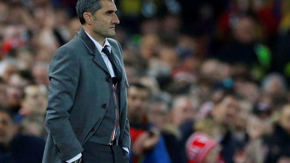 Foto: Ernesto Valverde, durante el Barcelona-Liverpool. (EFE)