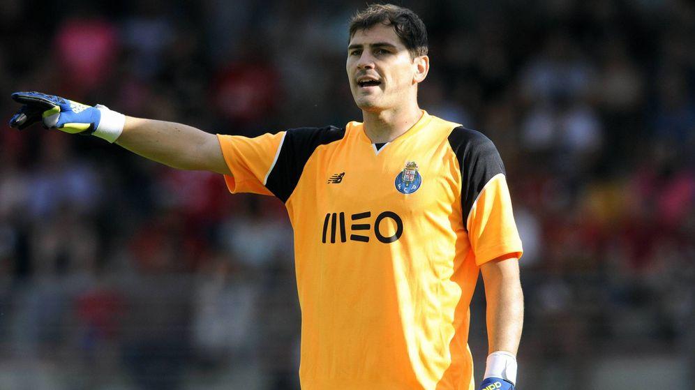 Foto: Casillas volverá a ser el portero del Porto (Imago).