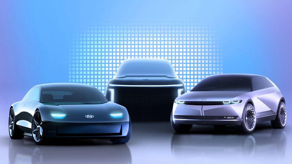 Foto: Hasta 2024 la marca Ioniq lanzará tres modelos, el Ioniq 6 a la izquierda, el Ioniq 5 a la derecha y al fondo el Ioniq 7.