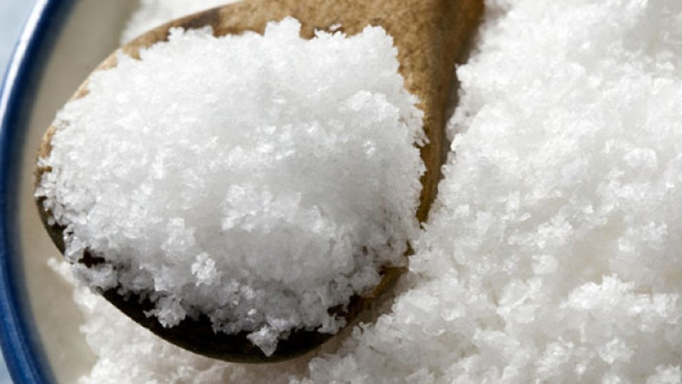 Cuidado (intensivo) con la sal en las comidas