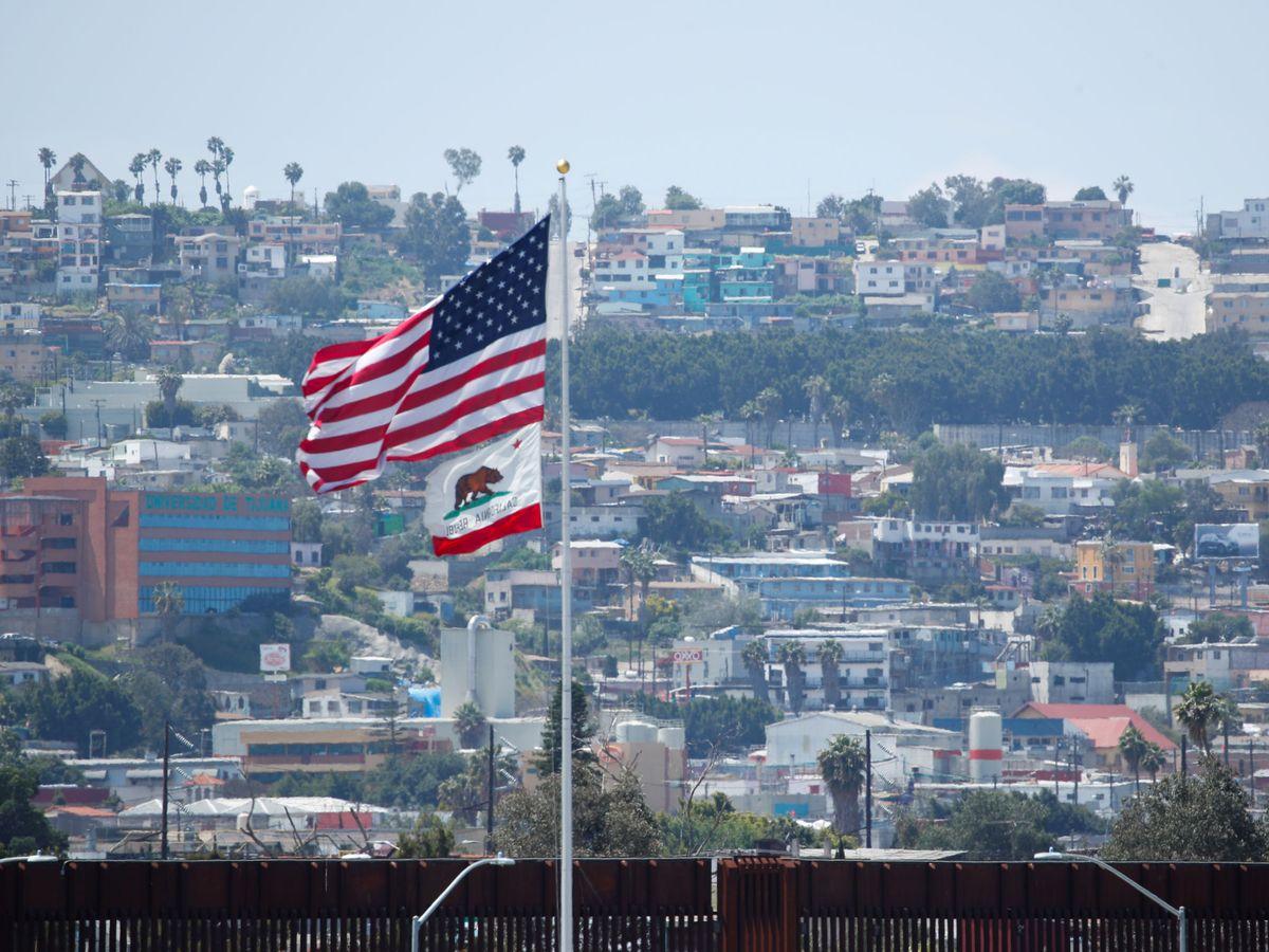 Foto: U.s.-mexico border during covid-19 outbreak in california