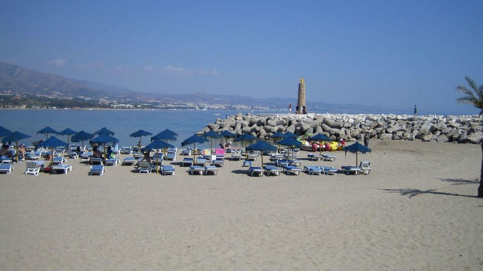 Fallecen ahogados dos sordomudos y su monitor en una playa marbellí