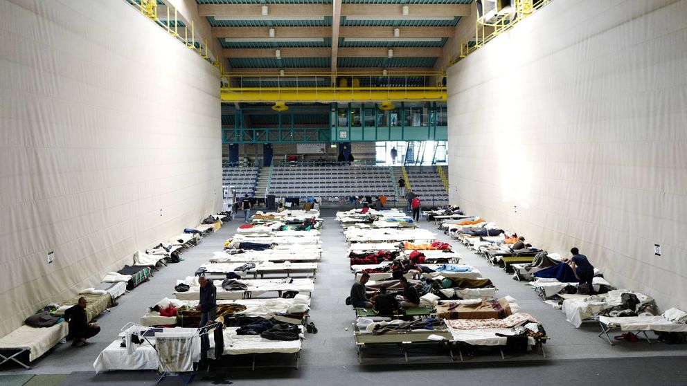 Los refugiados ponen a prueba la paciencia en las calles de Alemania