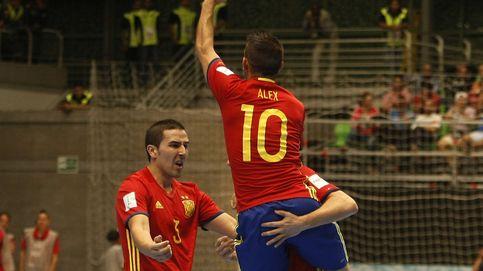 Paulo Roberto: Cambiar el balón, sacar con la mano... El futsal debe cambiar