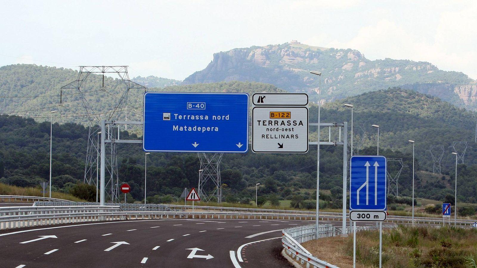 Foto: Vista de un polémico tramo de autovía en Barcelona. (EFE)