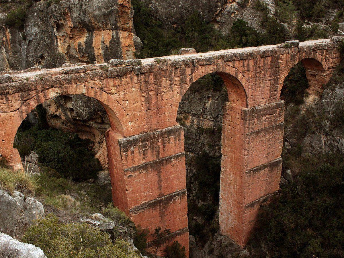 Foto: Acueducto de la Peña Cortada. (Falconaumanni)