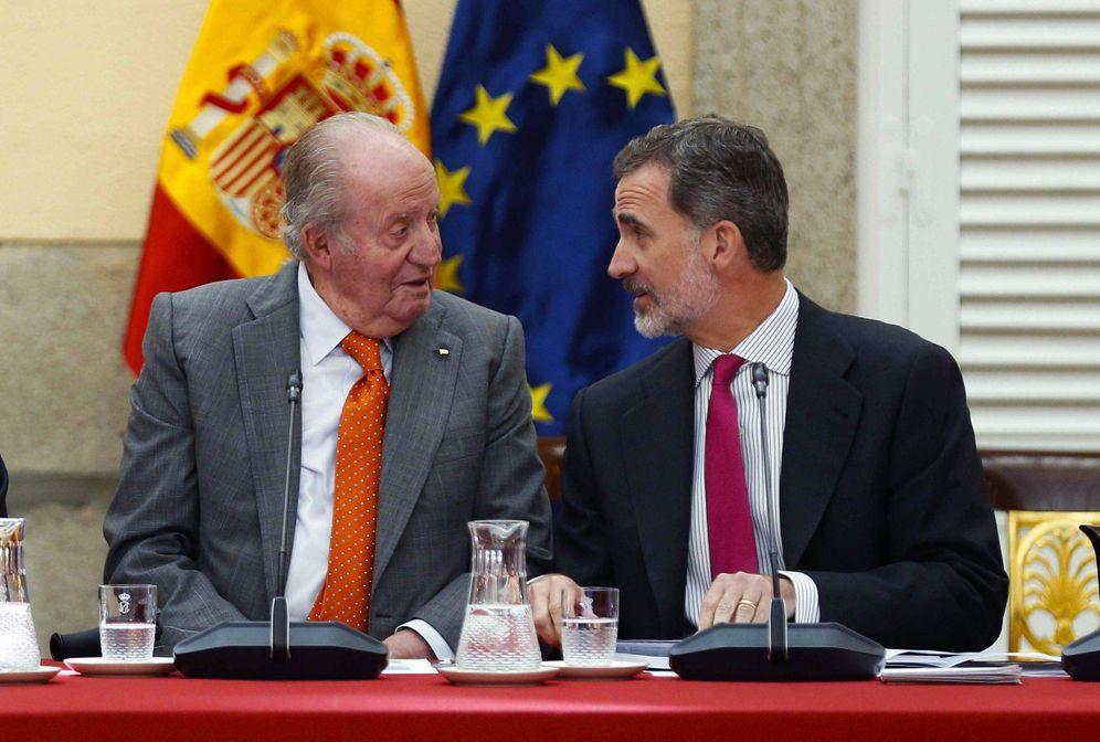 Foto: Felipe VI y Juan Carlos I en 2019. (EFE)