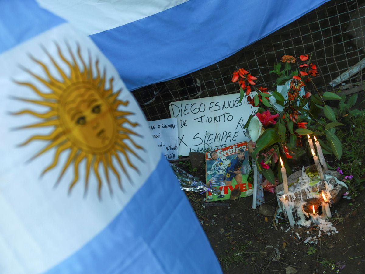 Foto: Argentina rinde homenaje a Diego Maradona. (Reuters)