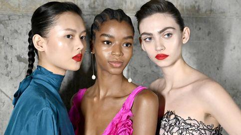 El rojo de labios neón será la nueva tendencia labial 'must have'