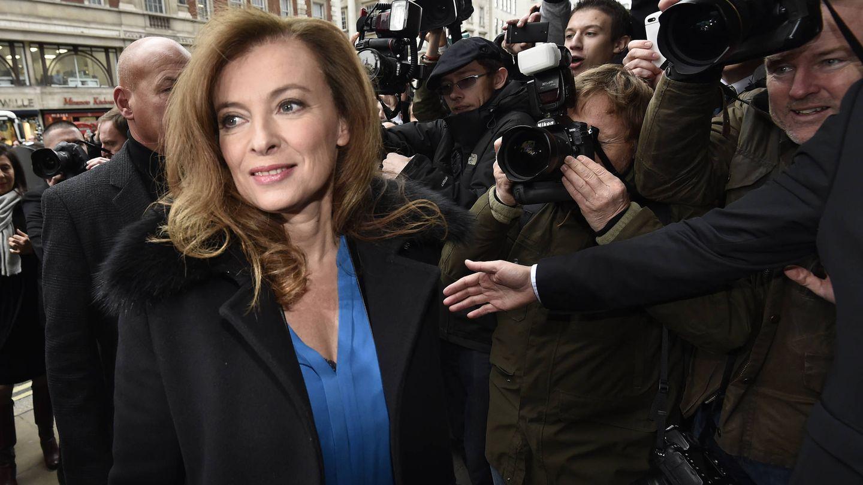Valerie Trierweiler, a su llegada a un evento de promoción de su libro en Londres. (Reuters)