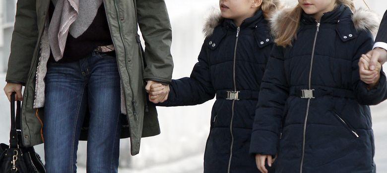 Foto: La princesa Letizia con sus hijas, las infantas Leonor y Sofía