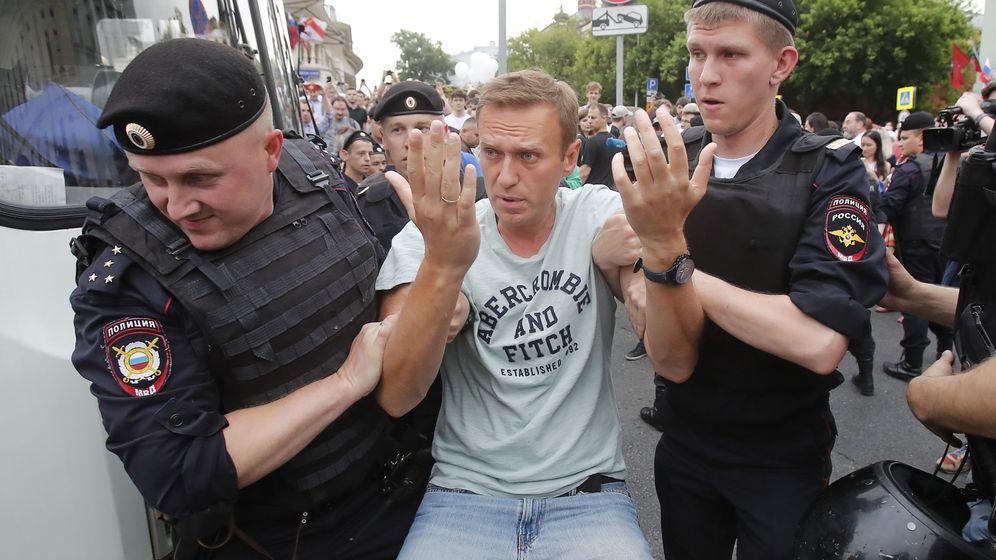 Foto: Alexei Navalni en el momento de su detención. (Reuters)