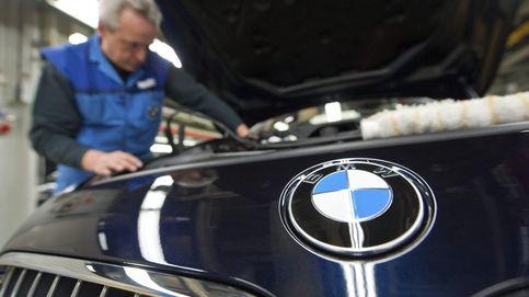 Alemania extiende la investigación de Volkswagen a otras 23 marcas de coches