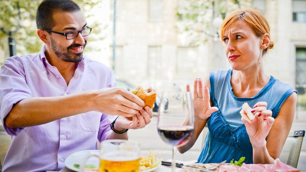 ¿Estás a dieta y hoy cenas en un restaurante? Sigue estos 6 trucos