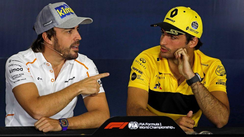 Foto: Carlos Sainz junto a Fernando Alonso. (EFE)