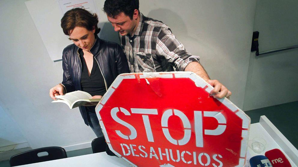 """Ada Colau y esposo, la """"dura"""" pareja que controla el cambio en Barcelona"""
