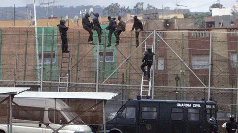 Más de treinta inmigrantes entran en Melilla en un nuevo salto de la valla