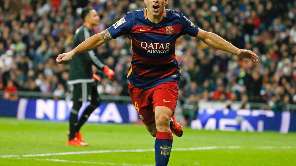 Foto: Luis Suárez hizo un doblete en el Bernabéu (EFE/JuanJo Martín).
