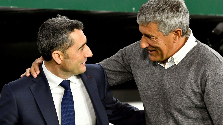 Ernesto Valverde y Quique Setién se saludan antes de un partido en el Benito Villamarín. (EFE)