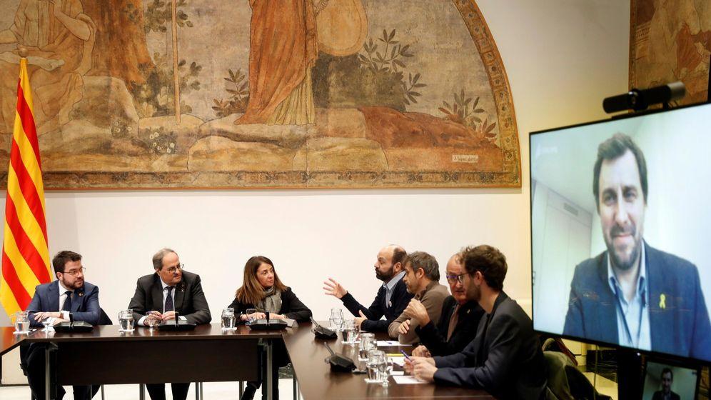 Foto: Reunión de los independentistas para preparar la negociación con el Gobierno. (EFE)