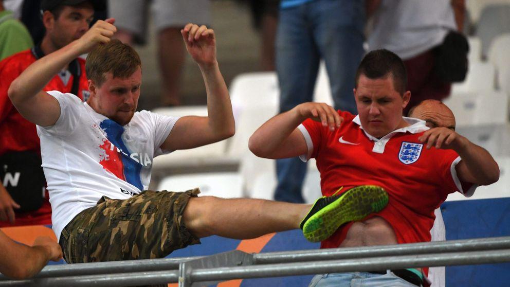 Aficionados ingleses y rusos convierten Marsella en un campo de batalla
