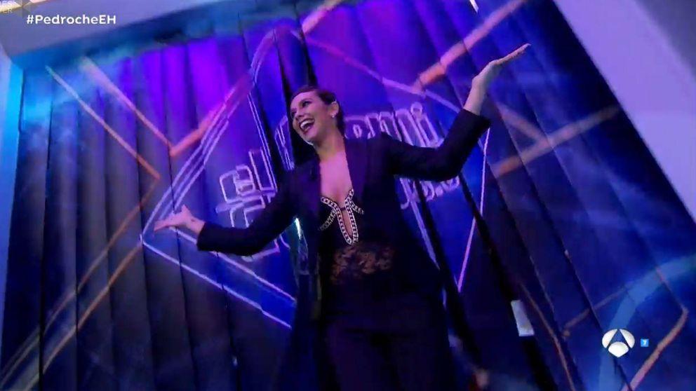 Una sexy Cristina Pedroche sube la temperatura de 'El hormiguero' antes de las Campanadas
