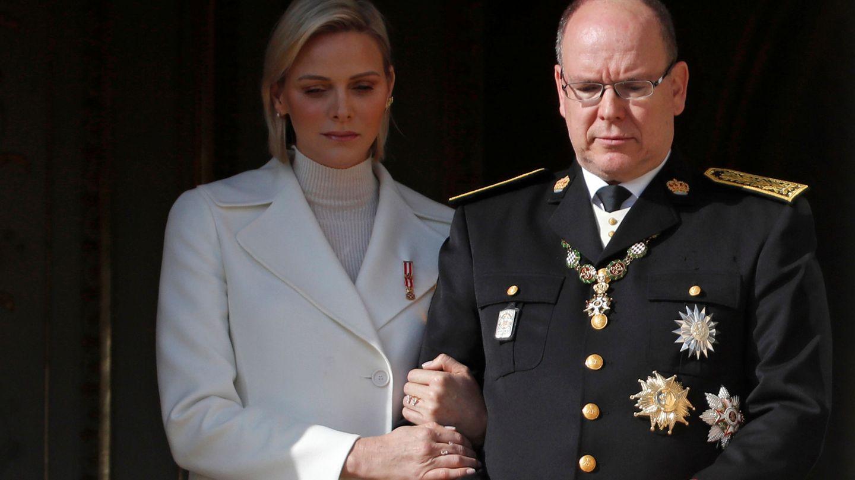 Charléne y Alberto de Mónaco, durante las celebraciones del Día Nacional. (Reuters)