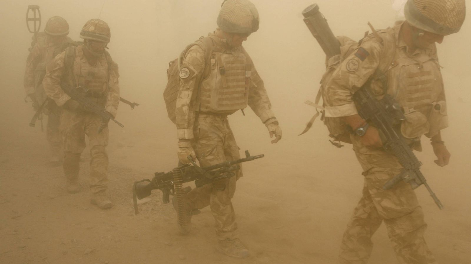 Foto: Soldados británicos durante una operación en Malgir, provincia de Helmand, Afganistán (Reuters).