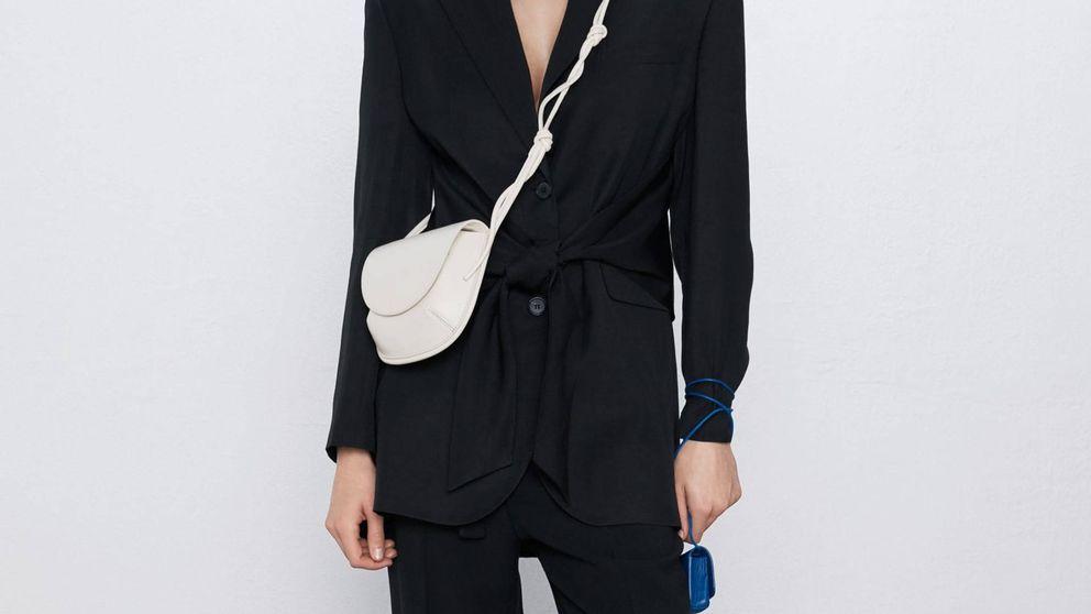 Este bolso y estos zapatos de Zara son un must de primavera
