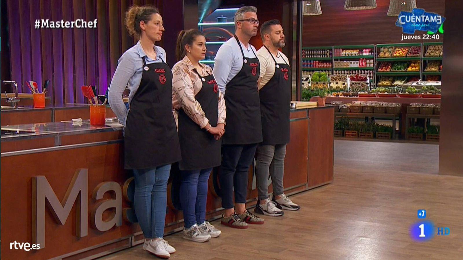 Foto: Gloria, Natalia, Carlos y Marcos, en 'Masterchef'. (RTVE)