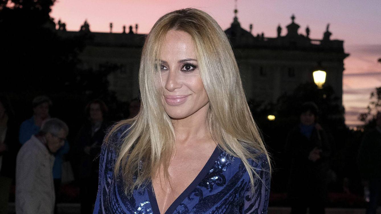 Marta Sánchez ve la luz (en su cabello) después de la cuarentena