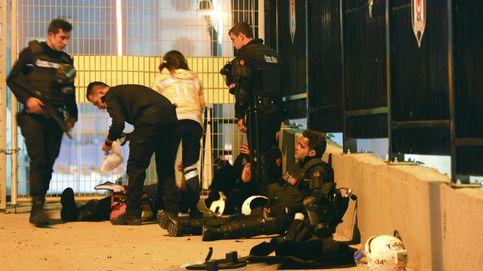 Al menos 15 muertos en dos atentados junto al estadio del Besiktas en Estambul