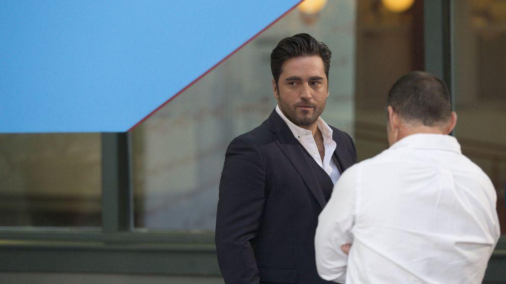 Bustamante se marca un 'playback' en la fiesta de Telemadrid para evitar demandas