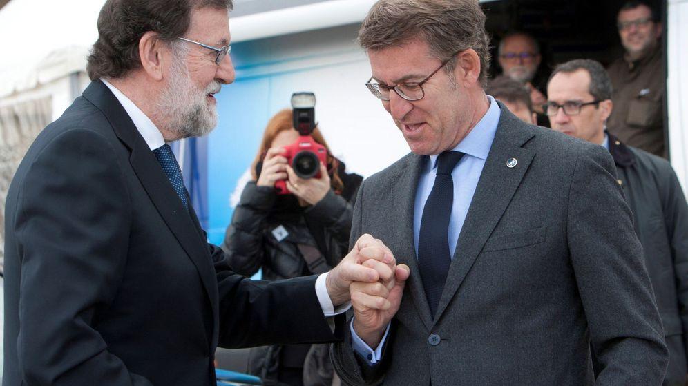 Foto: Mariano Rajoy con el presidente de la Xunta de Galicia, Alberto Núñez Feijóo. (EFE)